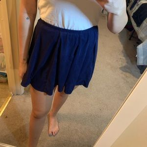 Velvet skater skirt in navy